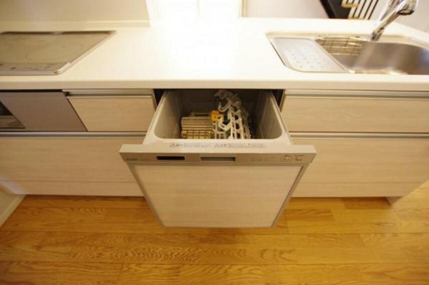 大家族でも安心な食洗機付きキッチン