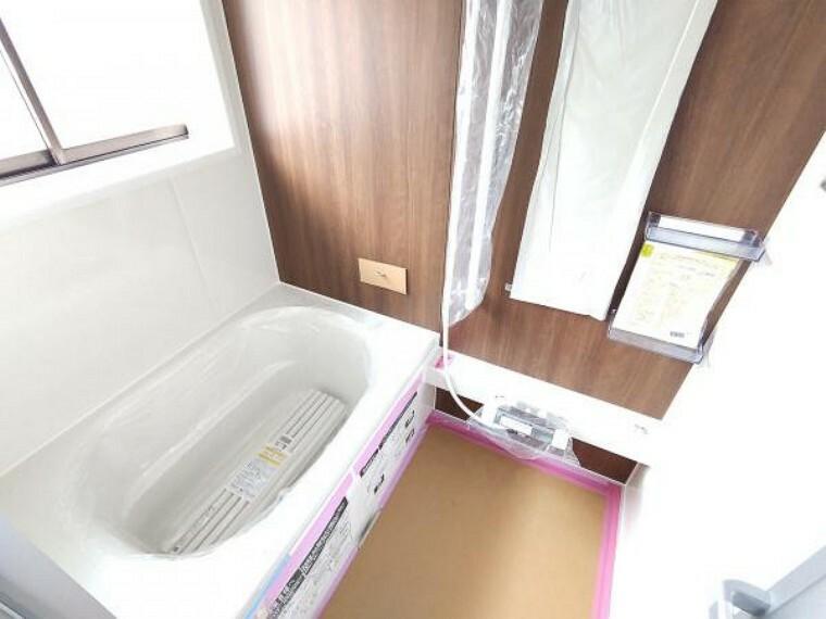 浴室 【リフォーム中】ハウステック製の0.75坪タイプのユニットバスを新設しました。