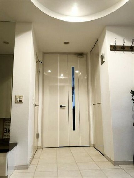 開口部の広いリビングドア