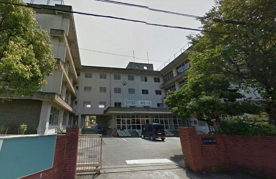 小学校 【小学校】高知市立神田小学校まで1024m