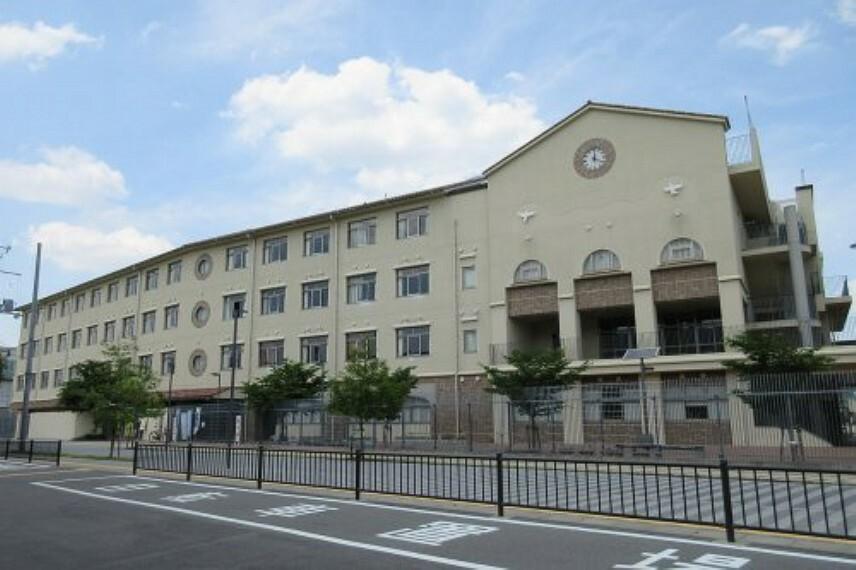 中学校 【中学校】門真市立門真はすはな中学校まで602m