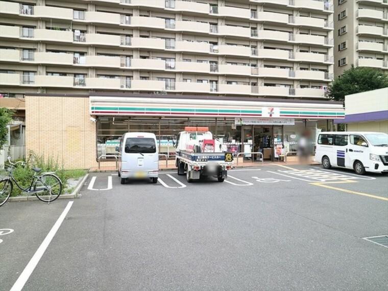 コンビニ セブンイレブン 志木幸町3丁目店