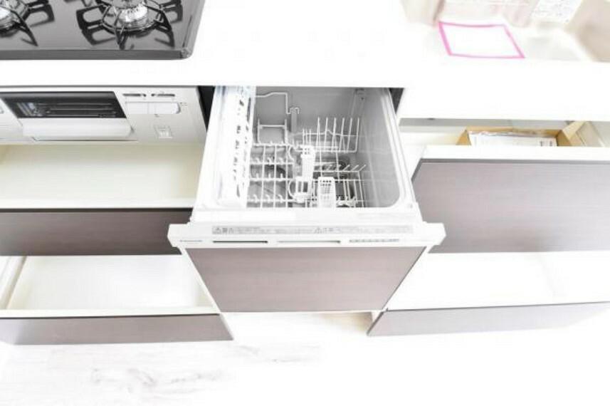 キッチン 新規交換のキッチンは食洗器付き!