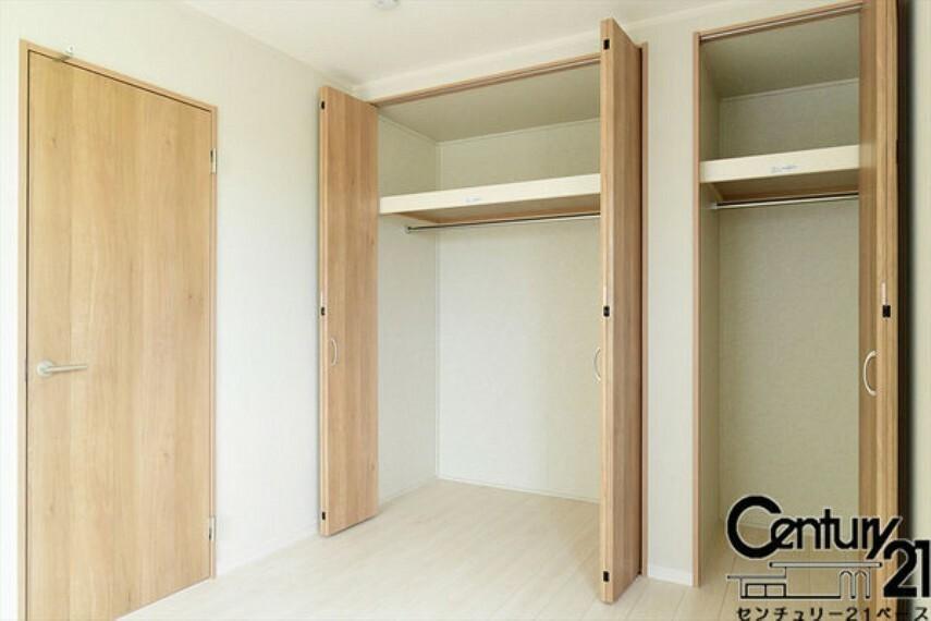 同仕様写真(内観) ■全居室に収納スペースを完備!■