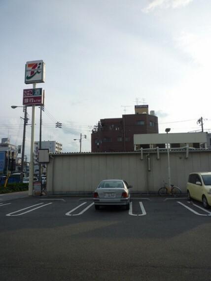 コンビニ セブンイレブン大阪泉尾4丁目店