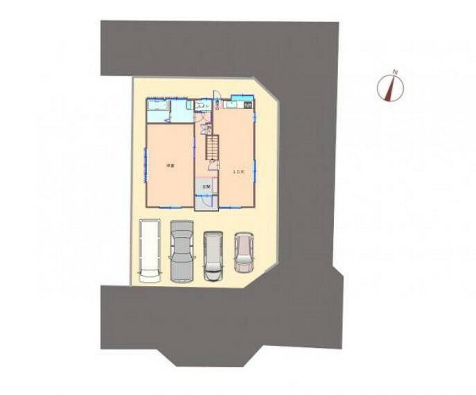 区画図 土地面積181.25m2(54.82坪)駐車4台可です。敷地の南側を含む3方が道に接しています。駐車スペースの奥行は6mありますので車長の長い車も停めやすいですよ。