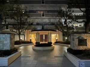 アウルスクエア2番館12階