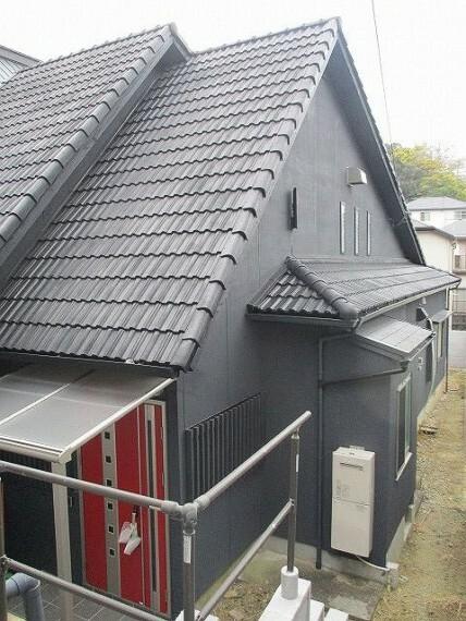 外観写真 建坪約77坪 ゆとりの4LDK 広い屋根裏収納有り