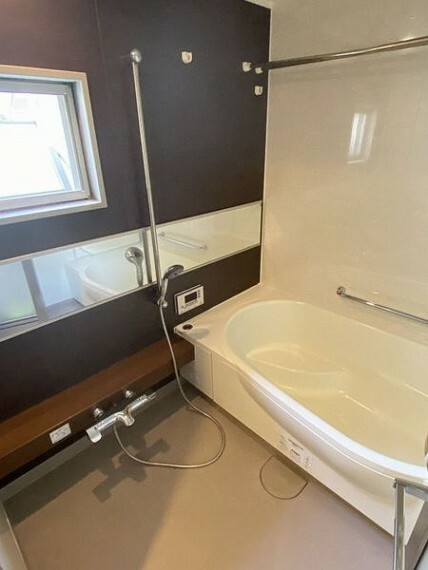 浴室 浴室に窓があり明るいです!