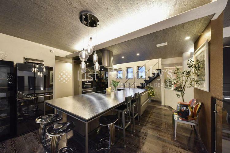 キッチン キッチン お食事もできるキッチンカウンター、ホームパーティの際も活躍します。