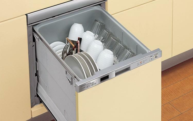 キッチン 食器洗浄乾燥機  低騒音による洗浄と乾燥、ダブル除菌で手洗いよりもきれいな仕上がり。家事をサポートします。
