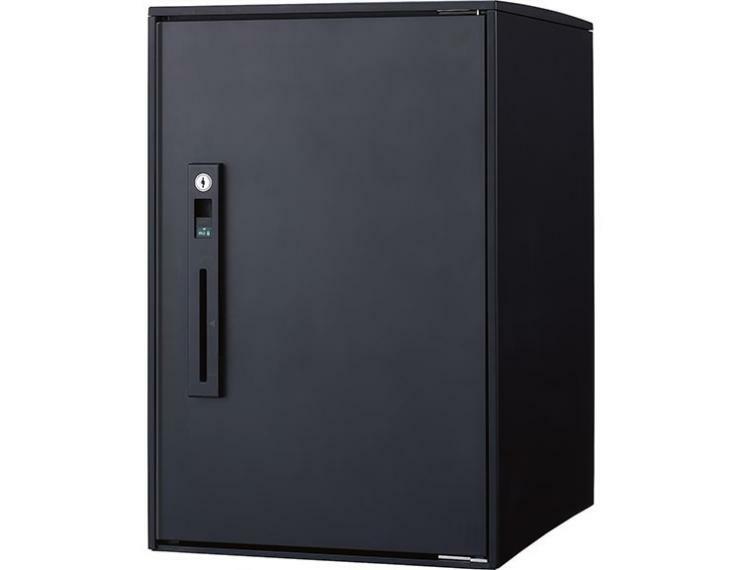 宅配ボックス  標準装備した宅配ボックスは、留守時はもちろん在宅時も受け取り可能。押印までできて便利です。