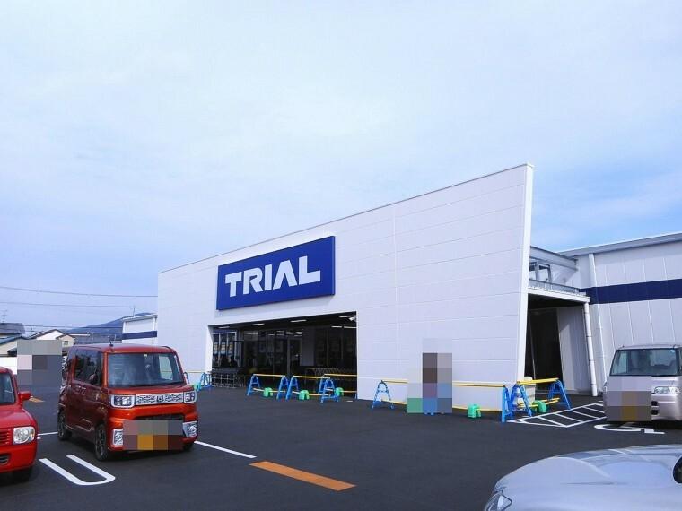 スーパー トライアル桜井粟殿店