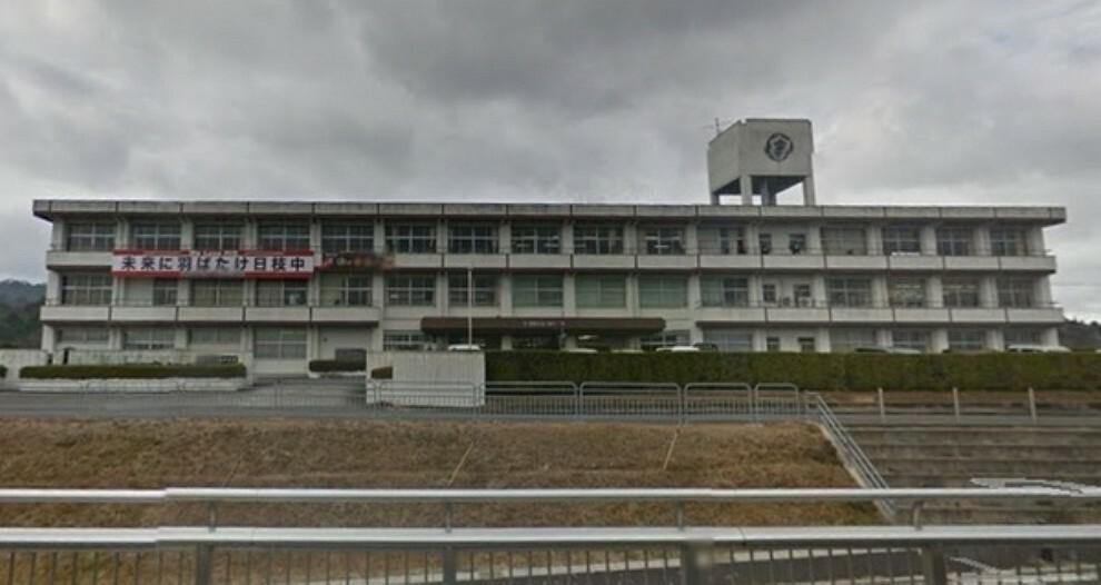 中学校 湖南市立日枝中学校