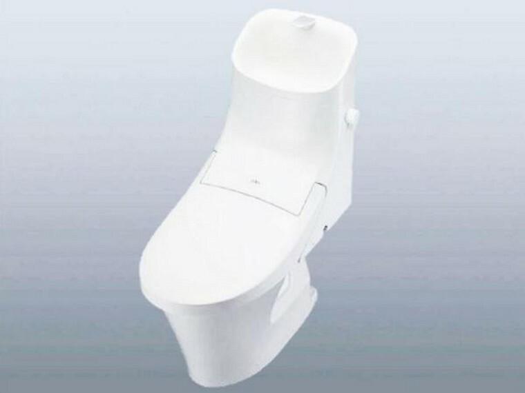 2/26撮影【同仕様写真・トイレ】毎日使用するトイレはリクシル製の節水タイプの新品温水洗浄トイレに交換。トイレは新品がいいですね。クロスやクッションフロアの張替えを一緒に行うことで、清潔感溢れる空間に