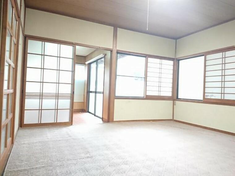 居間・リビング 【リフォーム中】床、壁ともにリフォームします。