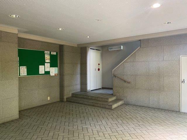 エントランスホール 2021/4/10撮影