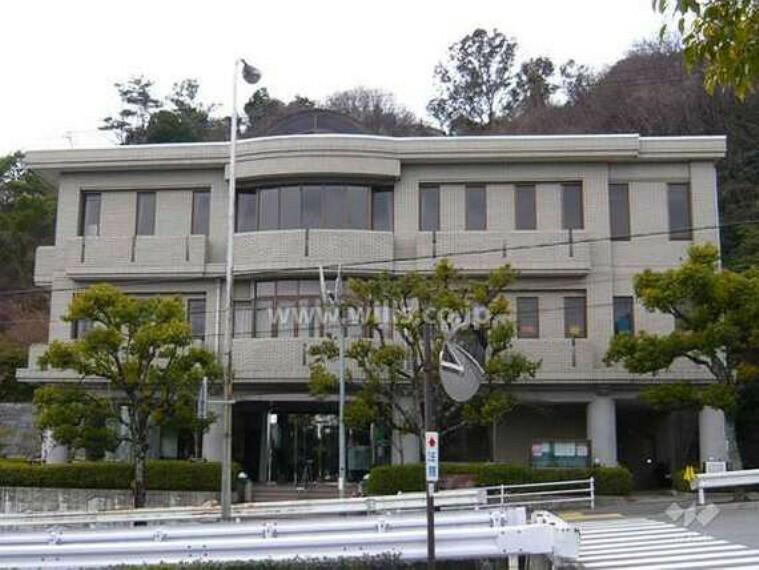 役所 中山台分室(図書館)の外観