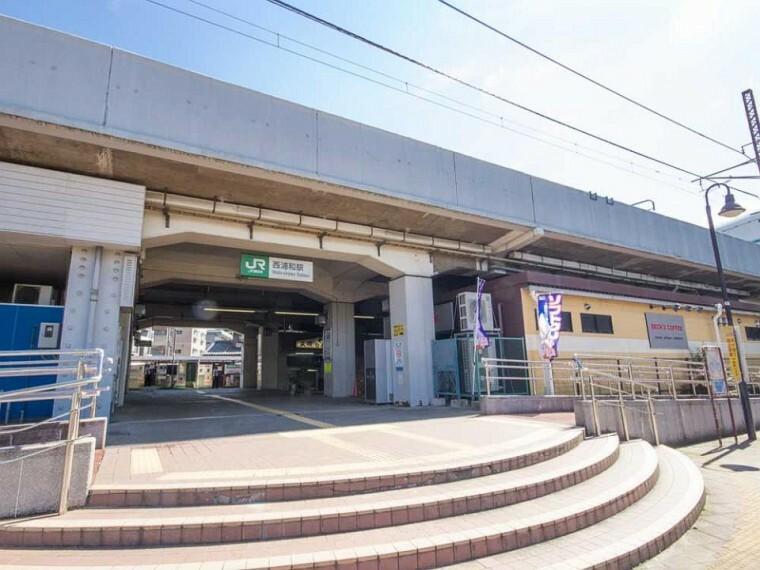 西浦和駅(JR武蔵野線の走る西浦和駅では、本線と大宮支線が乗り入れている為に各駅停車となっています。「西国分寺・府中本町方面」と「南浦和・西船橋方面」の列車となり大宮までは25分、西船橋には50分程かかります。)