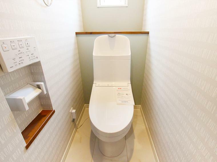 トイレ 少ない水でまんべんなく洗うトルネード洗浄で、少ない水を有効に使ってしつこい汚れもきれいに洗浄します。