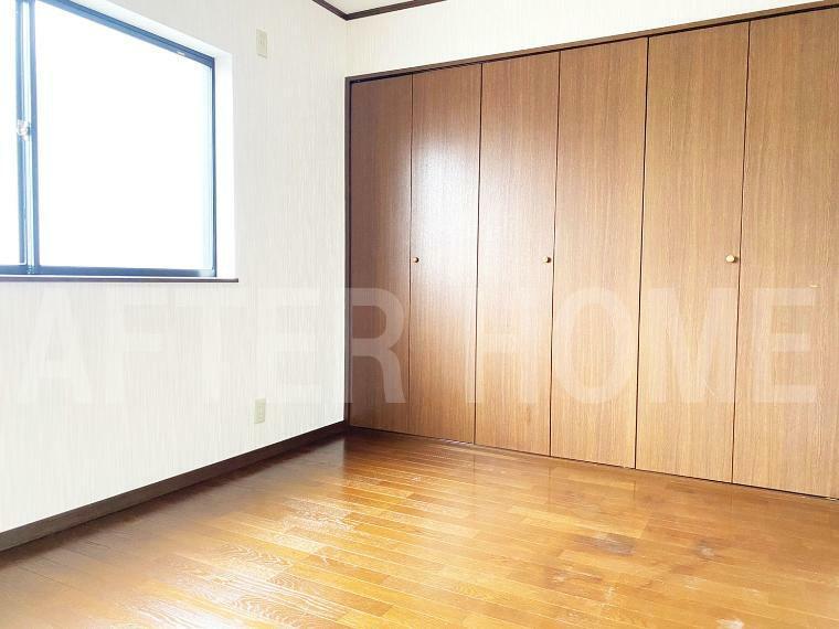 洋室 3階洋室6帖