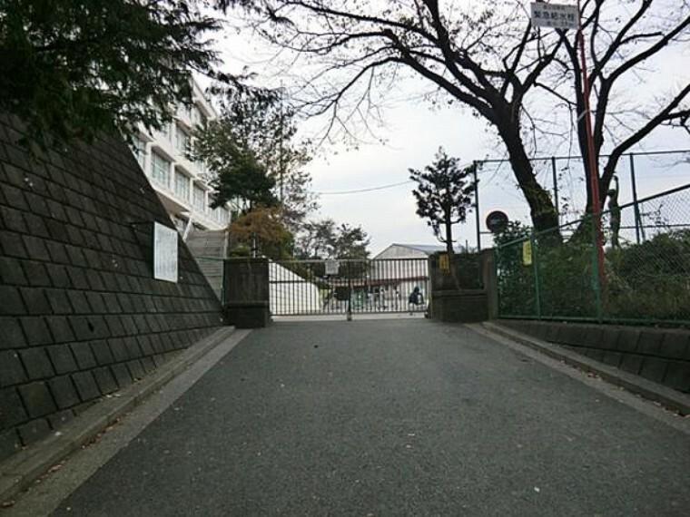 小学校 横浜市立川島小学校