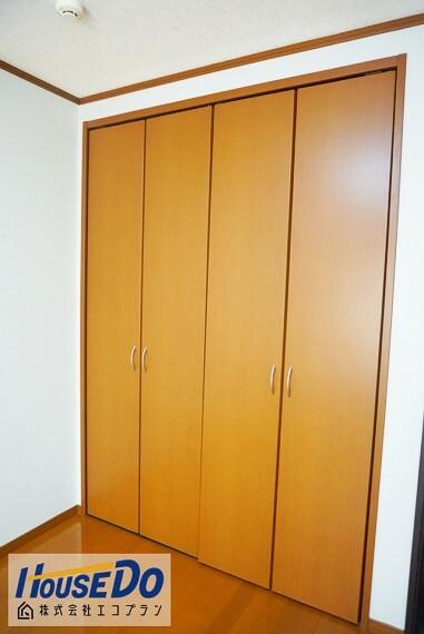 収納 各部屋はもちろん、 廊下にも十分な収納スペースがあります