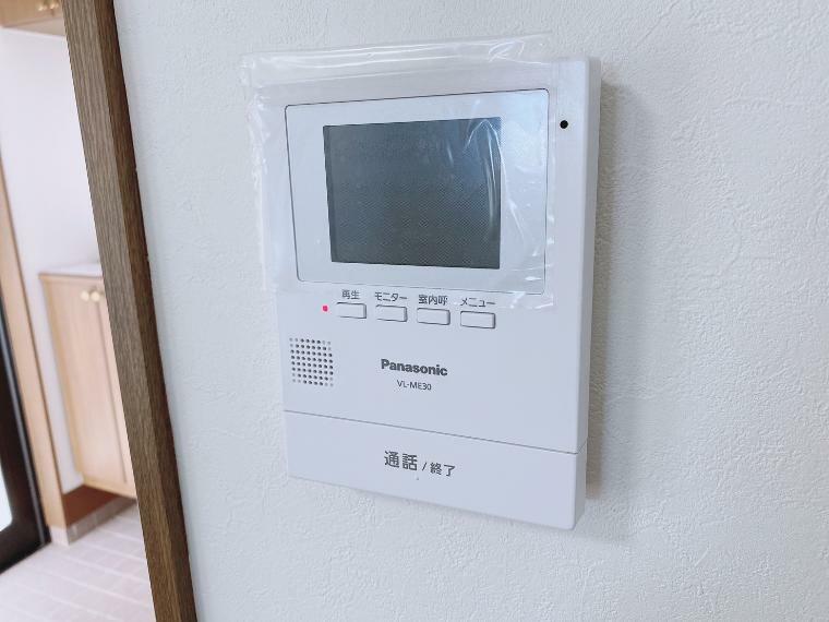 TVモニター付きインターフォン モニター付きインターホン新規交換してます。