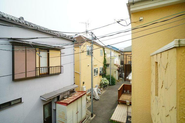 眺望 高い建物が見当たらない景色は低層住宅地ならでは!遮るもののない広い空が広がります。