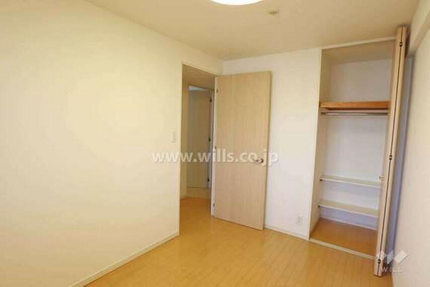 各部屋の収納、廊下の収納など収納が豊富なのが特徴的です!