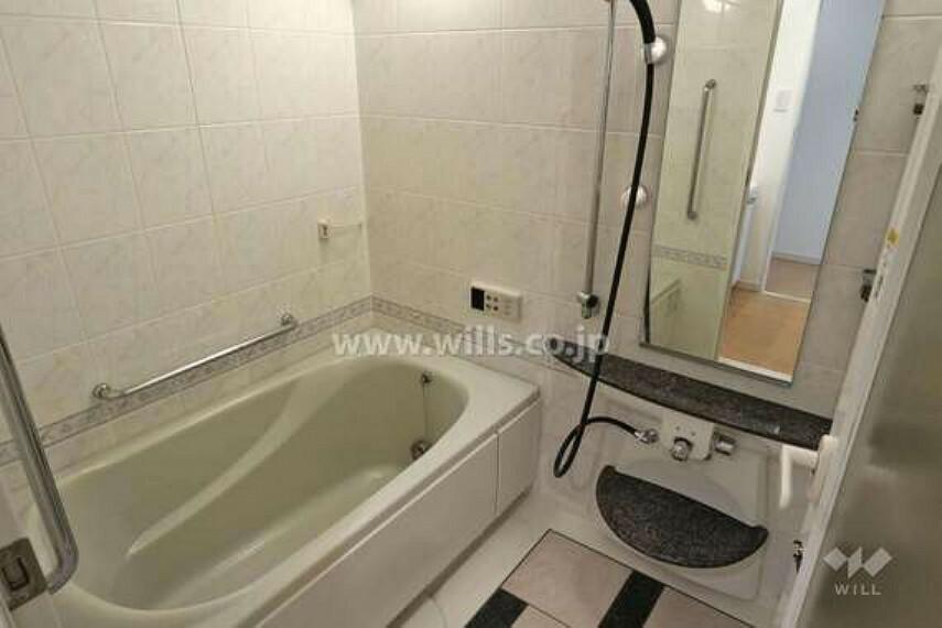 浴室 浴室。1418サイズのゆったりとしたお風呂です。