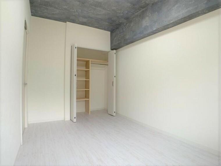 子供部屋 たっぷりの収納スペースでいつでも住空間がスッキリ保てそう