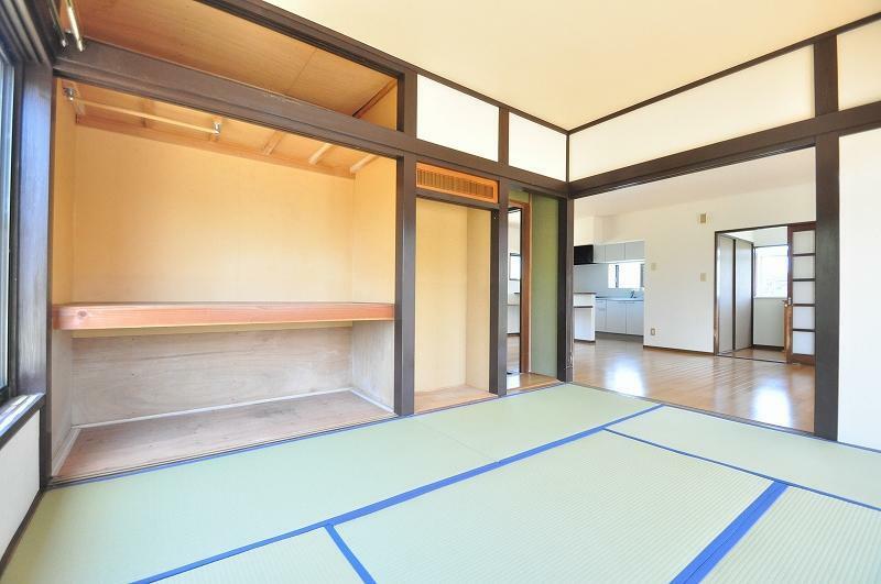 和室 1階和室(建具はこれから入ります)