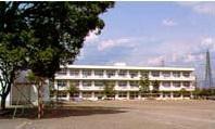 小学校 西小学校 静岡県駿東郡清水町長沢220