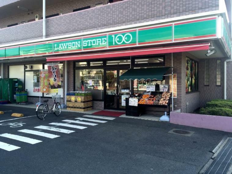 コンビニ ローソンストア100 東岩槻五丁目店
