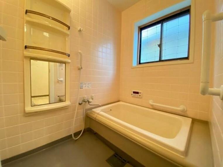 浴室 ゆったり寛げるバスルーム