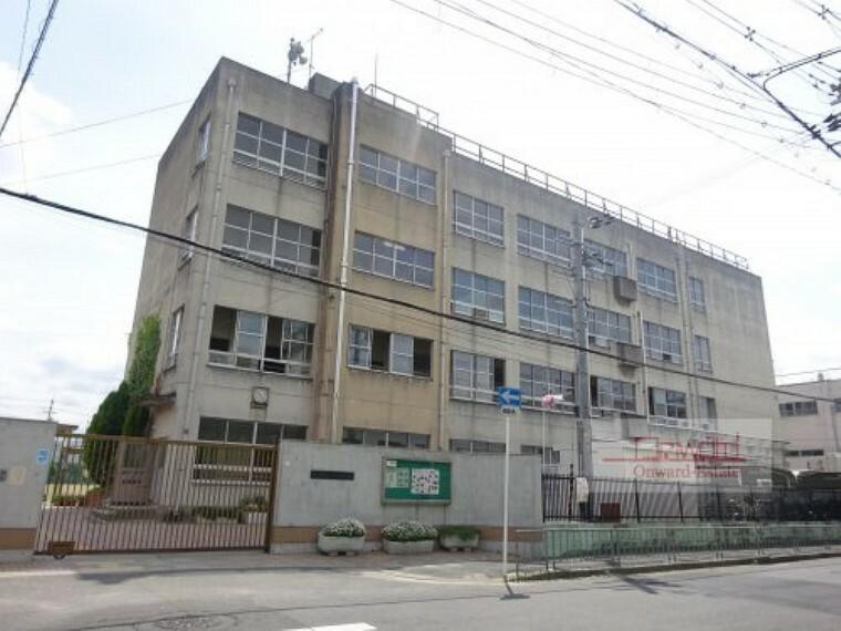 中学校 【中学校】東大阪市立高井田中学校まで880m