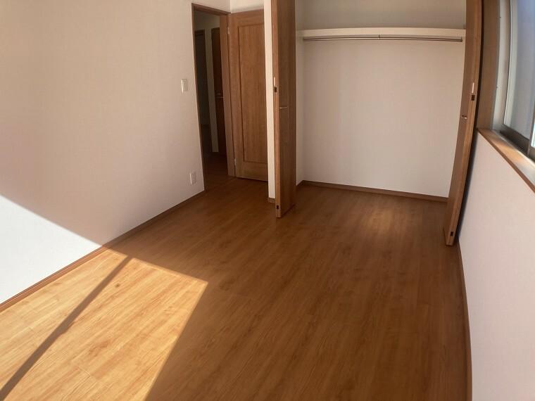 収納 同、建設会社の参考事例(収納と洋室1)