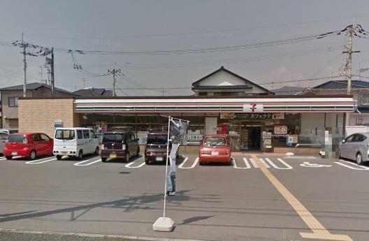 コンビニ セブンイレブン高知瀬戸南町1丁目店