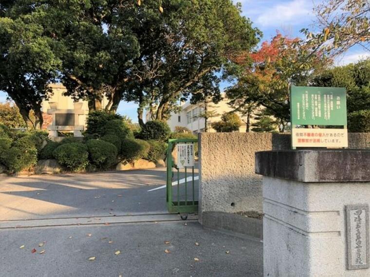小学校 岡崎市立井田小学校 徒歩6分。