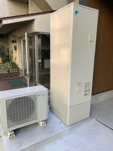 発電・温水設備 エコキュート標準装備