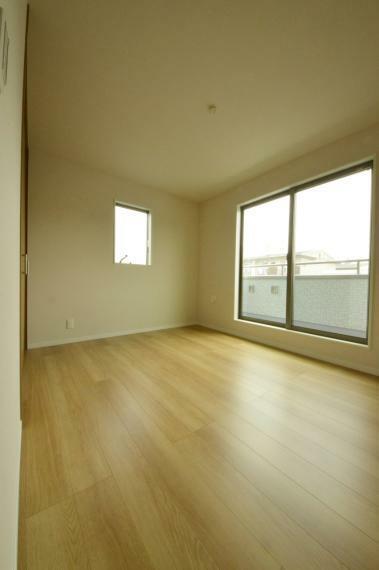 寝室 3階 6.1帖 主寝室