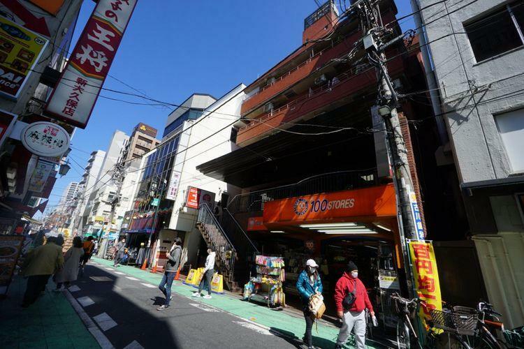 外観写真 全戸数45戸、昭和57年築の管理体制良好な物件でございます。