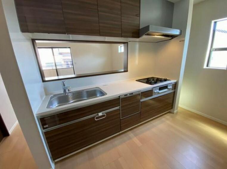 キッチン お片付けがはかどる食器洗浄乾燥機付きシステムキッチン