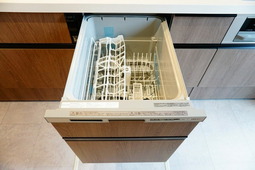キッチン 食洗機がついているので後片付けもらくらくですね^^