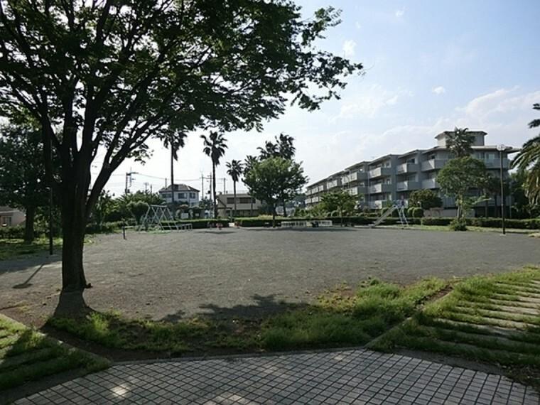 公園 磯子峯第二公園