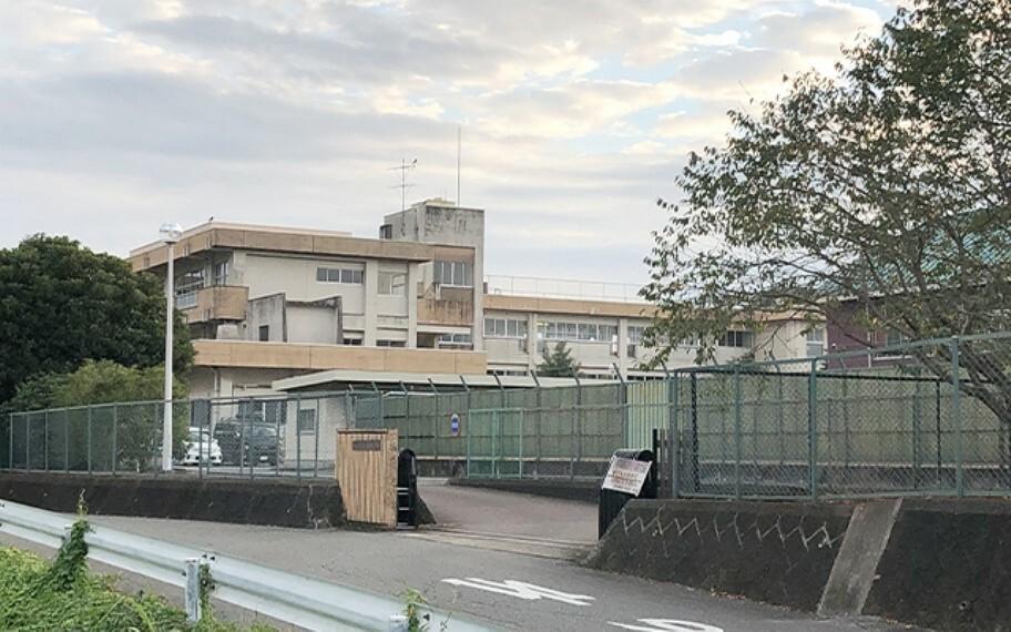 間々田東小学校