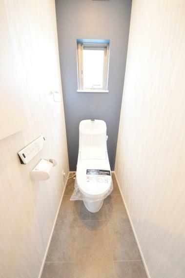 トイレ 2階ウォシュレットトイレ