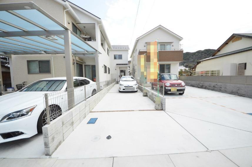 現況外観写真 カースペース2台駐車可能