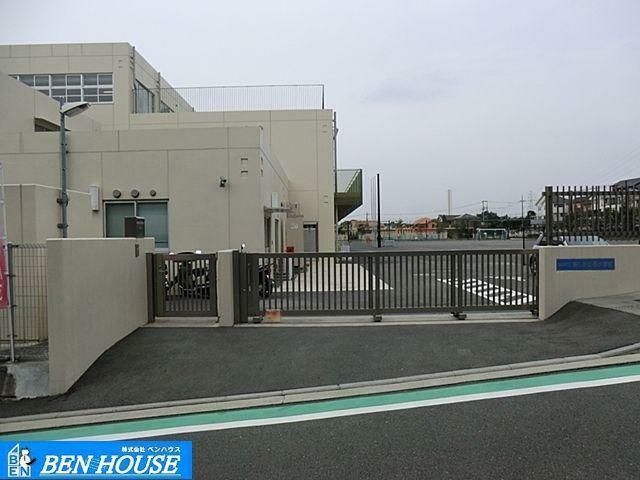 小学校 横浜市立美しが丘西小学校 徒歩8分。